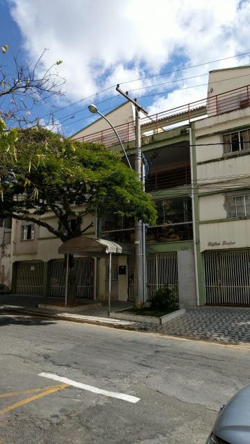 Alugar Apartamentos / Padrão em Poços de Caldas. apenas R$ 150.000,00