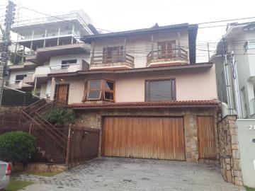 Casas / Padrão em Poços de Caldas , Comprar por R$900.000,00