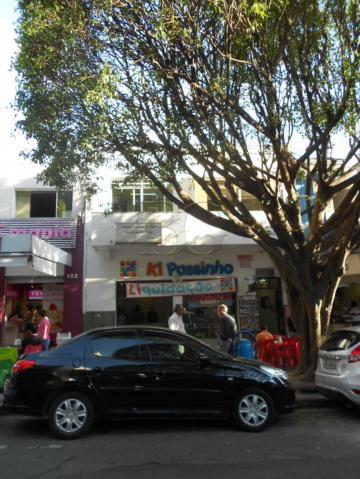 Comercial / Sala Comercial em Poços de Caldas Alugar por R$700,00
