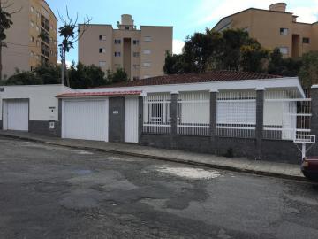 Casas / Padrão em Poços de Caldas , Comprar por R$680.000,00