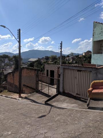 Terrenos / Padrão em Poços de Caldas , Comprar por R$100.000,00