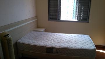 Alugar Apartamentos / Padrão em Poços de Caldas R$ 950,00 - Foto 5