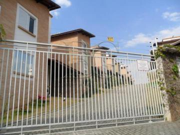 Casas / Casa em condomínio em Poços de Caldas , Comprar por R$800.000,00