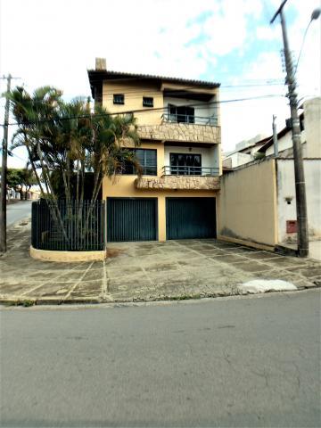 Casas / Padrão em Poços de Caldas , Comprar por R$850.000,00