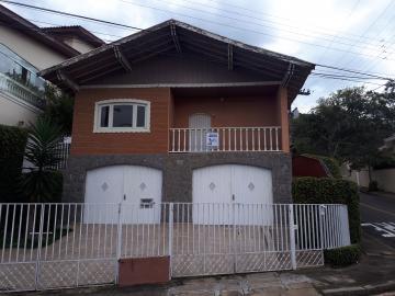 Alugar Casas / Padrão em Poços de Caldas. apenas R$ 2.800,00