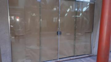 Alugar Comercial / Loja em Poços de Caldas. apenas R$ 1.000,00