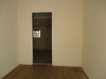 Casas / Padrão em Poços de Caldas Alugar por R$600,00
