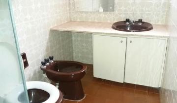 Alugar Apartamentos / Padrão em Poços de Caldas R$ 850,00 - Foto 8