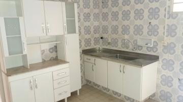Alugar Apartamentos / Padrão em Poços de Caldas R$ 850,00 - Foto 9