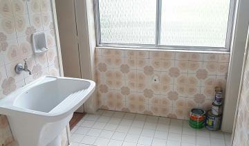 Alugar Apartamentos / Padrão em Poços de Caldas R$ 850,00 - Foto 10