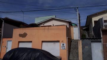 Casas / Padrão em Poços de Caldas Alugar por R$550,00
