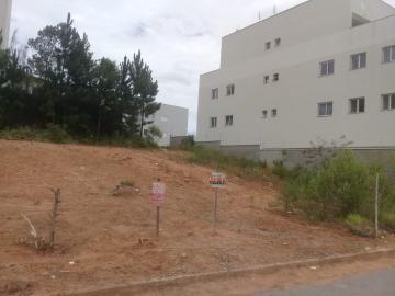 Terrenos / Padrão em Poços de Caldas , Comprar por R$153.000,00