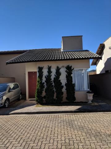 Casas / Casa em condomínio em Poços de Caldas , Comprar por R$280.000,00