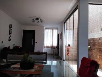 Casas / Casa em condomínio em Poços de Caldas , Comprar por R$1.300.000,00