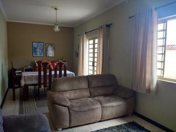 Alugar Casas / Padrão em Poços de Caldas. apenas R$ 580.000,00