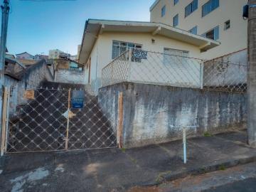 Casas / Padrão em Poços de Caldas , Comprar por R$420.000,00