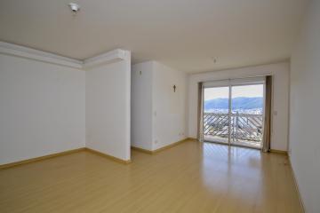 Apartamentos / Padrão em Poços de Caldas , Comprar por R$245.000,00