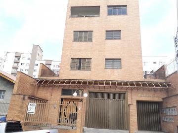 Alugar Apartamentos / Padrão em Poços de Caldas. apenas R$ 1.100,00