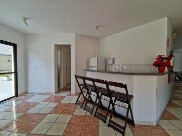 Alugar Apartamentos / Padrão em Poços de Caldas R$ 1.100,00 - Foto 10