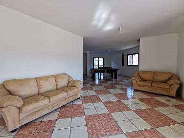 Alugar Apartamentos / Padrão em Poços de Caldas R$ 1.100,00 - Foto 11