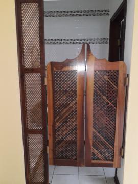 Alugar Casas / Padrão em Poços de Caldas R$ 2.500,00 - Foto 6