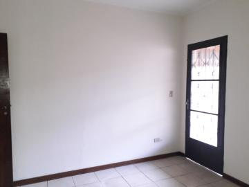 Alugar Casas / Padrão em Poços de Caldas R$ 2.500,00 - Foto 15