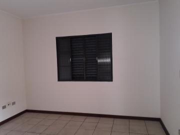 Alugar Casas / Padrão em Poços de Caldas R$ 2.500,00 - Foto 19