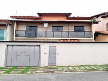 Casas / Padrão em Poços de Caldas Alugar por R$1.400,00