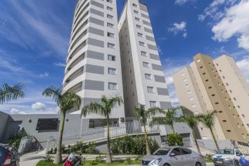 Alugar Apartamentos / Padrão em Poços de Caldas. apenas R$ 480.000,00