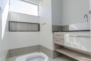 Comprar Casas / Padrão em Poços de Caldas R$ 450.000,00 - Foto 8