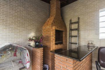 Comprar Casas / Padrão em Poços de Caldas R$ 335.000,00 - Foto 15