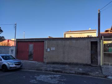 Alugar Casas / Padrão em Poços de Caldas. apenas R$ 399.000,00