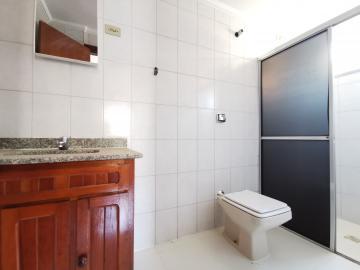 Alugar Apartamentos / Padrão em Poços de Caldas R$ 1.300,00 - Foto 7
