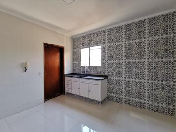 Alugar Apartamentos / Padrão em Poços de Caldas R$ 1.300,00 - Foto 13