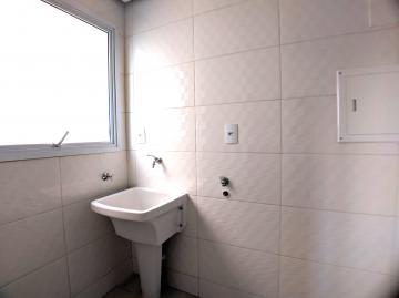 Alugar Apartamentos / Padrão em Poços de Caldas R$ 1.000,00 - Foto 11
