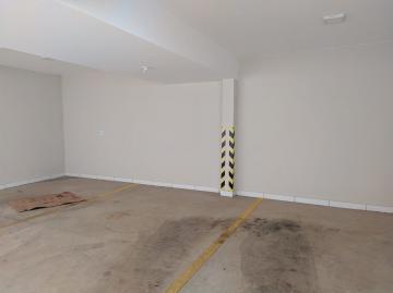 Alugar Apartamentos / Padrão em Poços de Caldas R$ 1.000,00 - Foto 12
