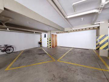 Alugar Apartamentos / Padrão em Poços de Caldas R$ 1.500,00 - Foto 16