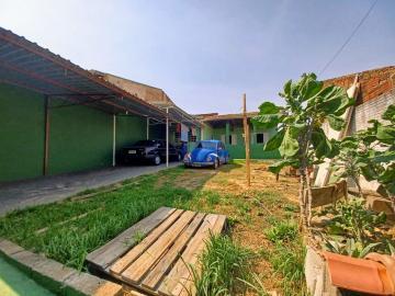 Comprar Casas / Padrão em Poços de Caldas R$ 250.000,00 - Foto 2