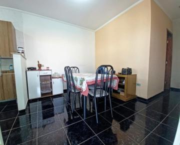 Comprar Casas / Padrão em Poços de Caldas R$ 250.000,00 - Foto 6